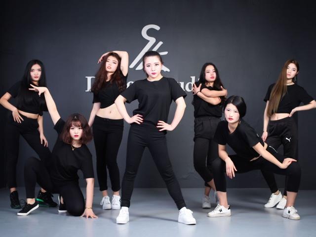 SK Dance 爵士街舞社