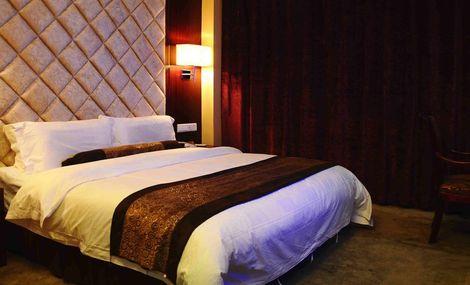 铂顿商务酒店