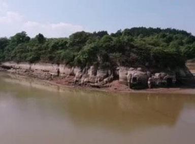 四川仁寿水库水位下降