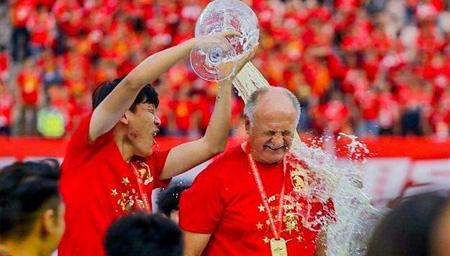 斯科拉里告别广州 峥嵘七冠岁月只待追忆