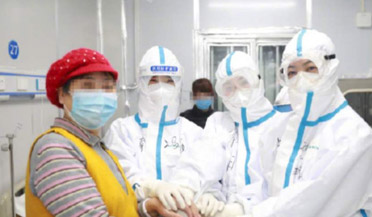 近4万包卫生巾运抵武汉