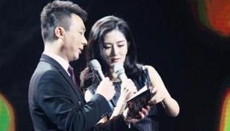 康辉还原与谢娜争议