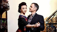 51岁金星与老公甜蜜复婚
