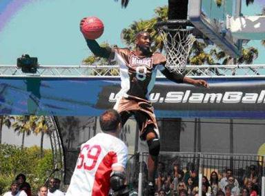 史上最强极限篮球!堪称暴力美学!