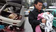 扬州:孕妇公路产子 警车现场护卫