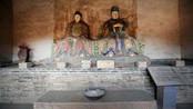 皇帝经过此处,见遍地都是白骨,于是,他建了一座庙:骷髅庙