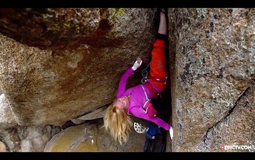 攀岩猛女:帕米拉·帕克情系狭缝攀岩