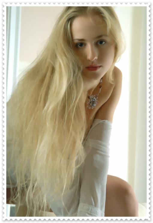 求这个俄罗斯美女的名字