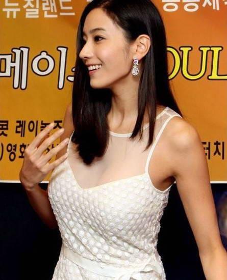 日本黄色胸大女明星_韩国哪个女明星胸最大?