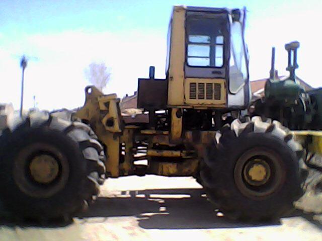 拖拉机改装铲车图片