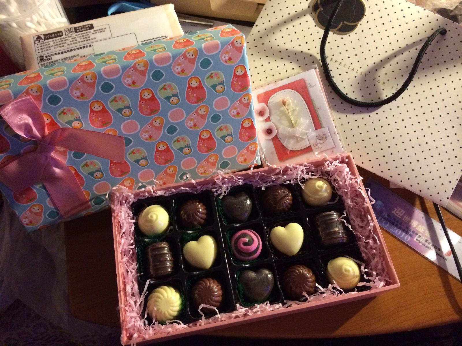 女生生日礼物送什么好图片