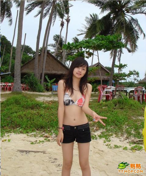 2006年与姐姐简婕参加台湾《模范棒棒堂》