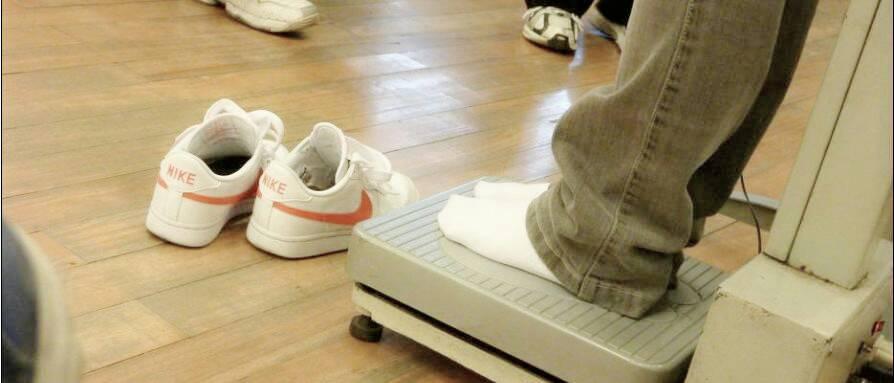 白袜愹f-_求些白袜男孩的图片