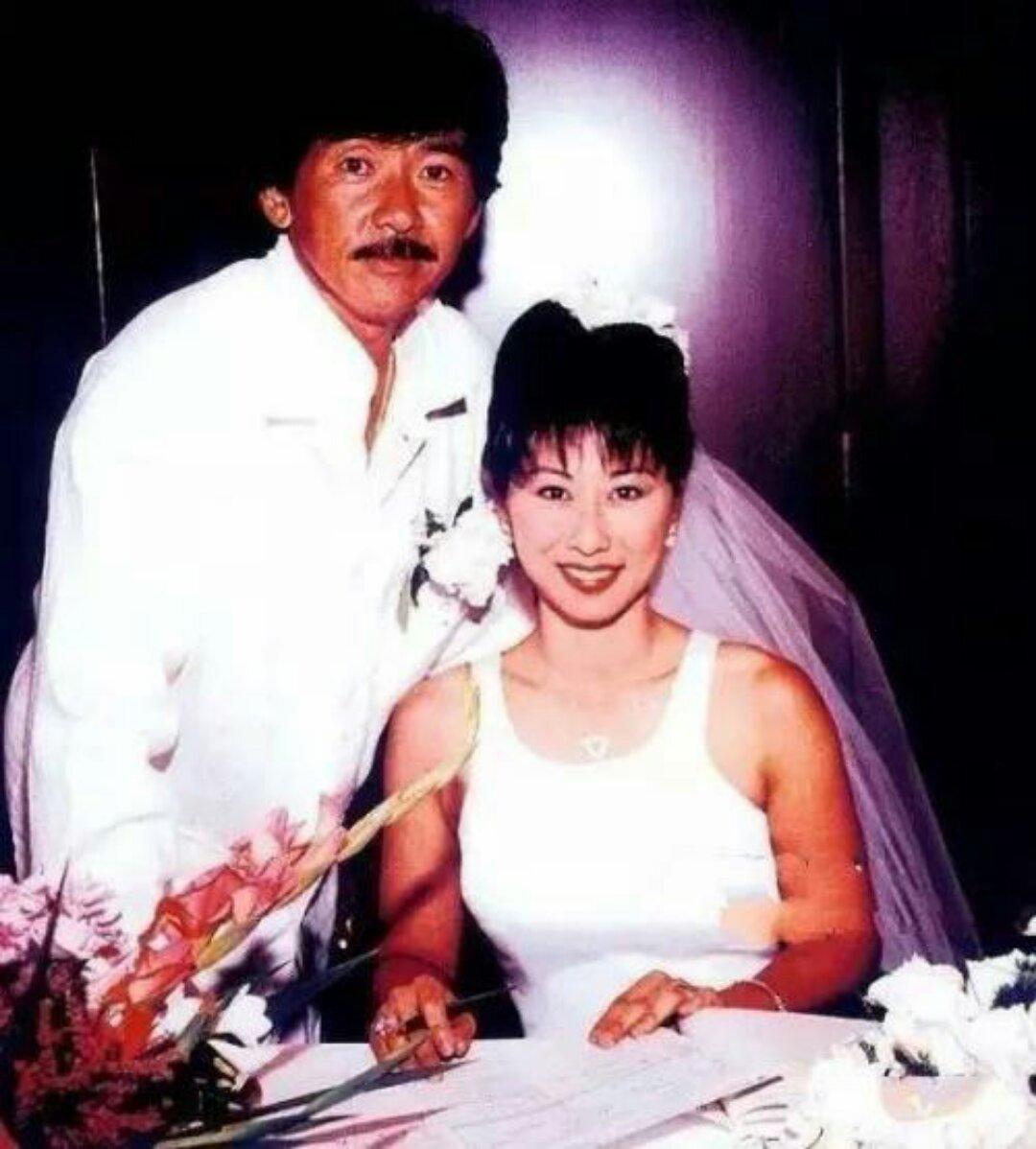 吴正元当年与林子祥是奉子成婚,结婚初期,婚姻生活并不理想,用吴正元图片