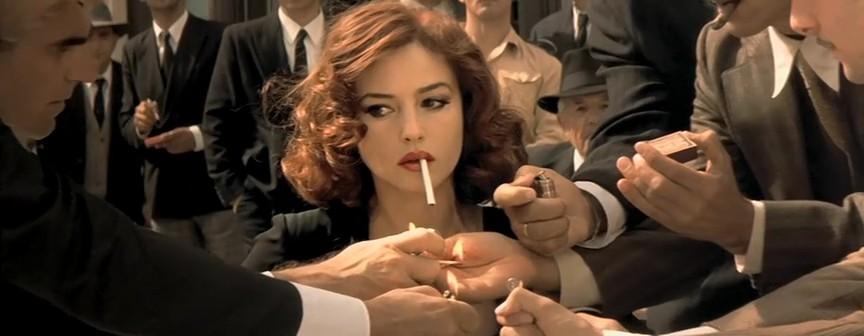 求一群男人给一个女人点烟是哪个电影里的