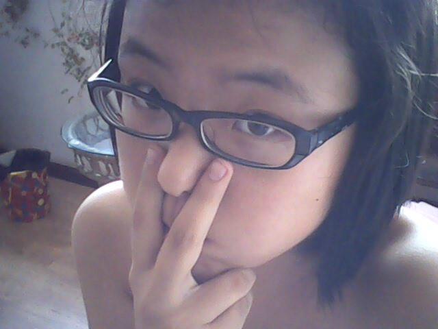 期戴眼镜眼睛�9oh_脸大,眼睛小,戴眼镜,什么发型好?