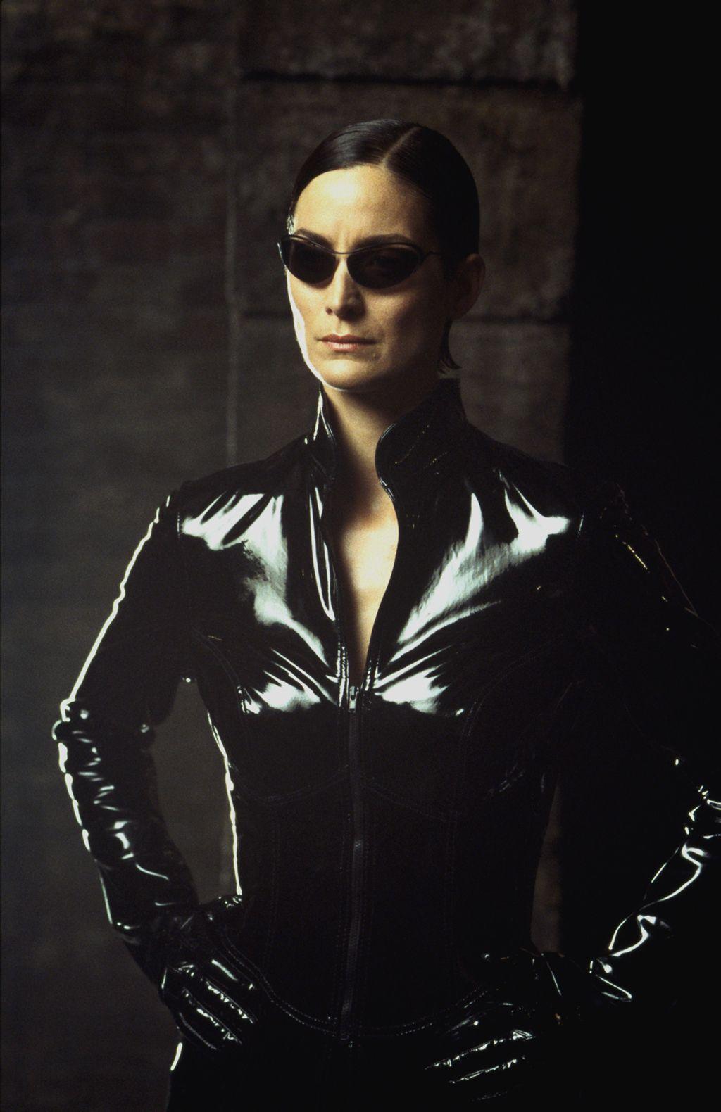 ... 朋友可以发几张黑客帝国女主角的高清图片_百度知道