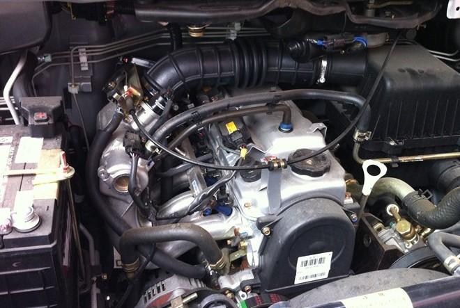 三菱4g18si发动机是走正时皮带 高清图片