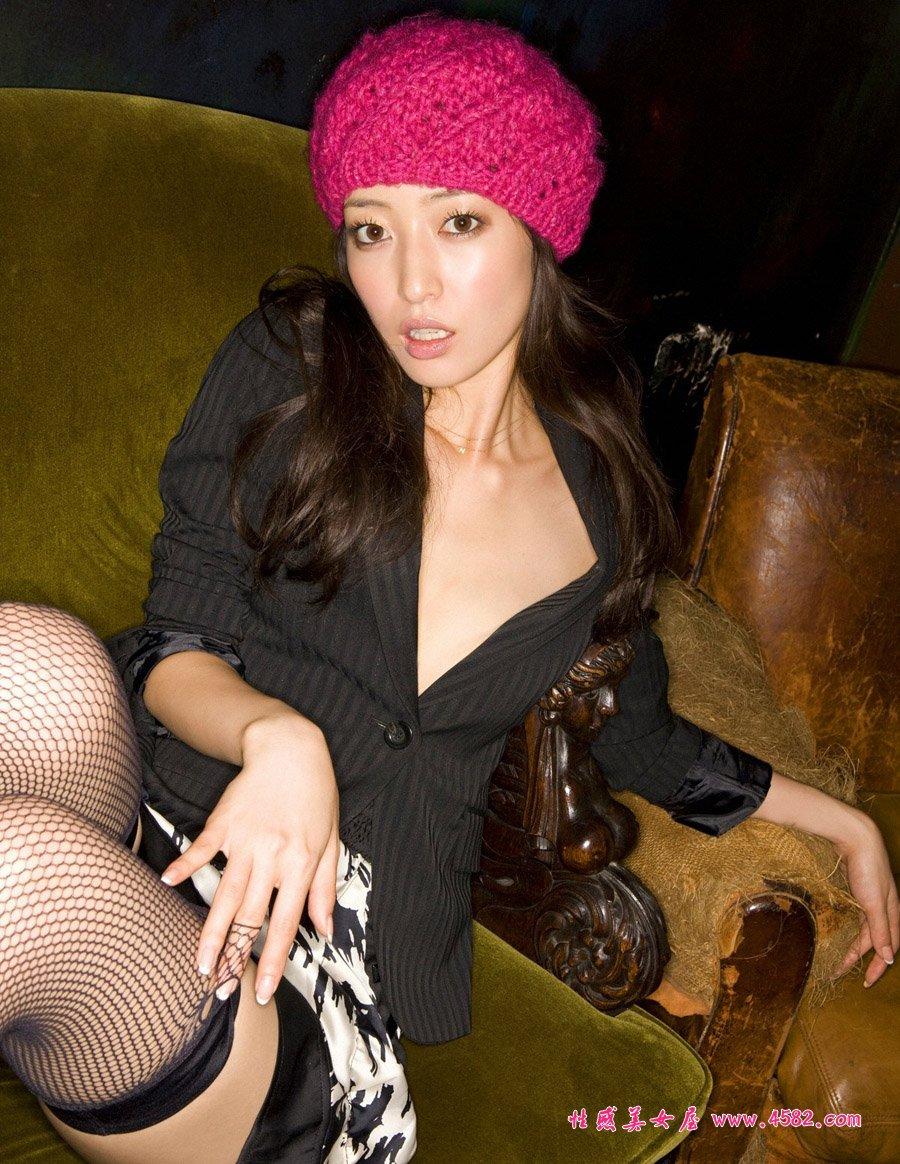 这个日本女模特叫什么名字?