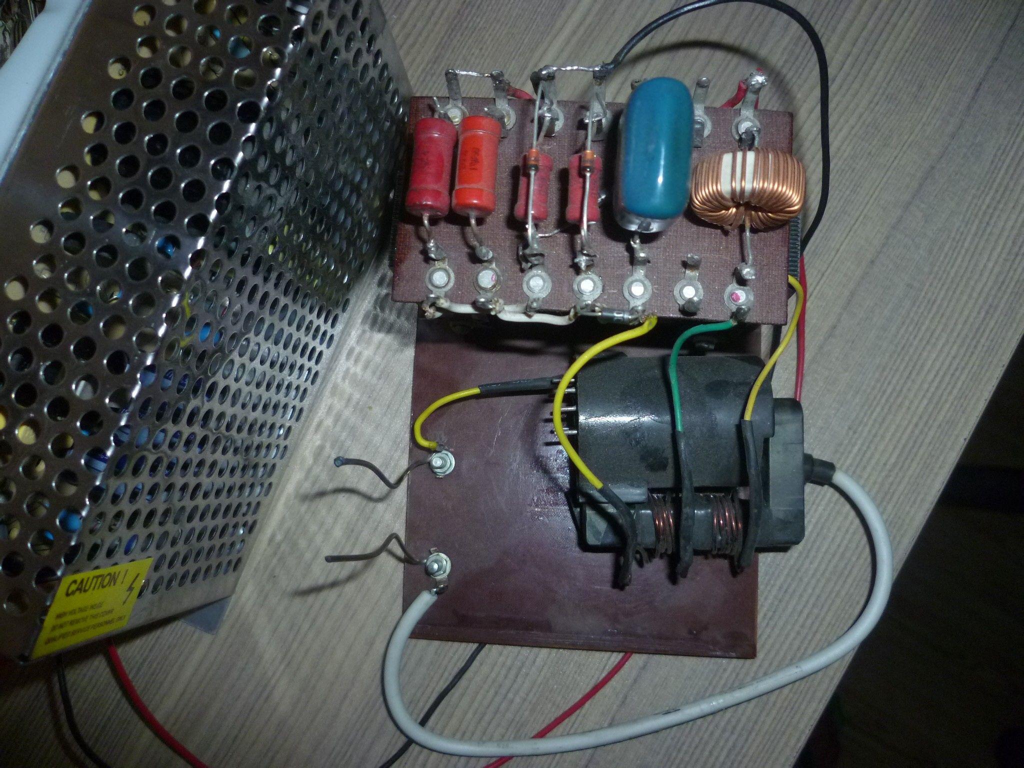 特斯拉放电 高压包高清图片