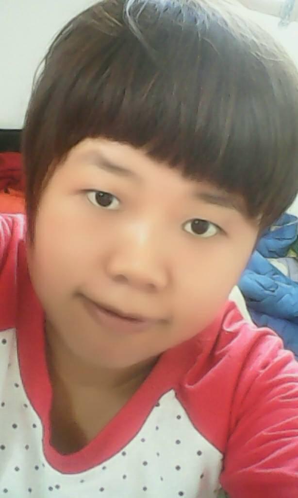十六岁女孩有毛没有 女孩十六岁还会长高吗 街角哪位十六岁的女孩图片