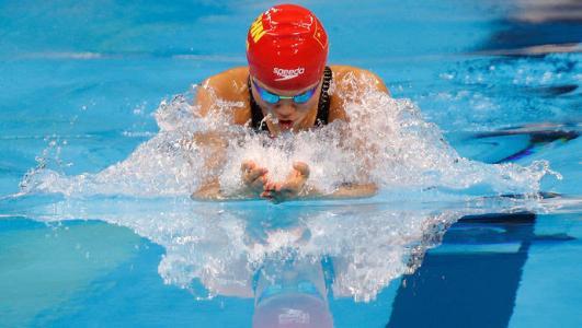 学游泳的技巧_学游泳有哪些实用技巧?