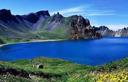 新疆天山天池简介