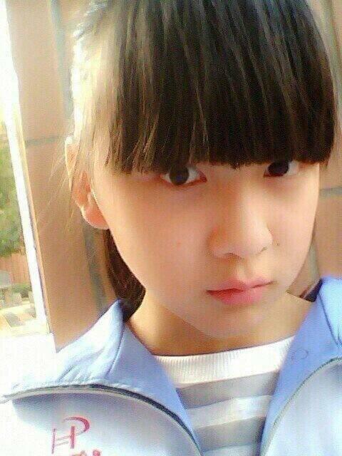 15岁女生漂亮性感照 15岁女生漂亮自拍照 最漂亮的15岁女孩