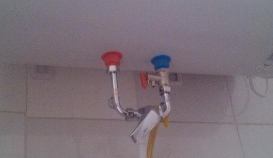 安装电热水器时,混水阀长短不一怎么办图片