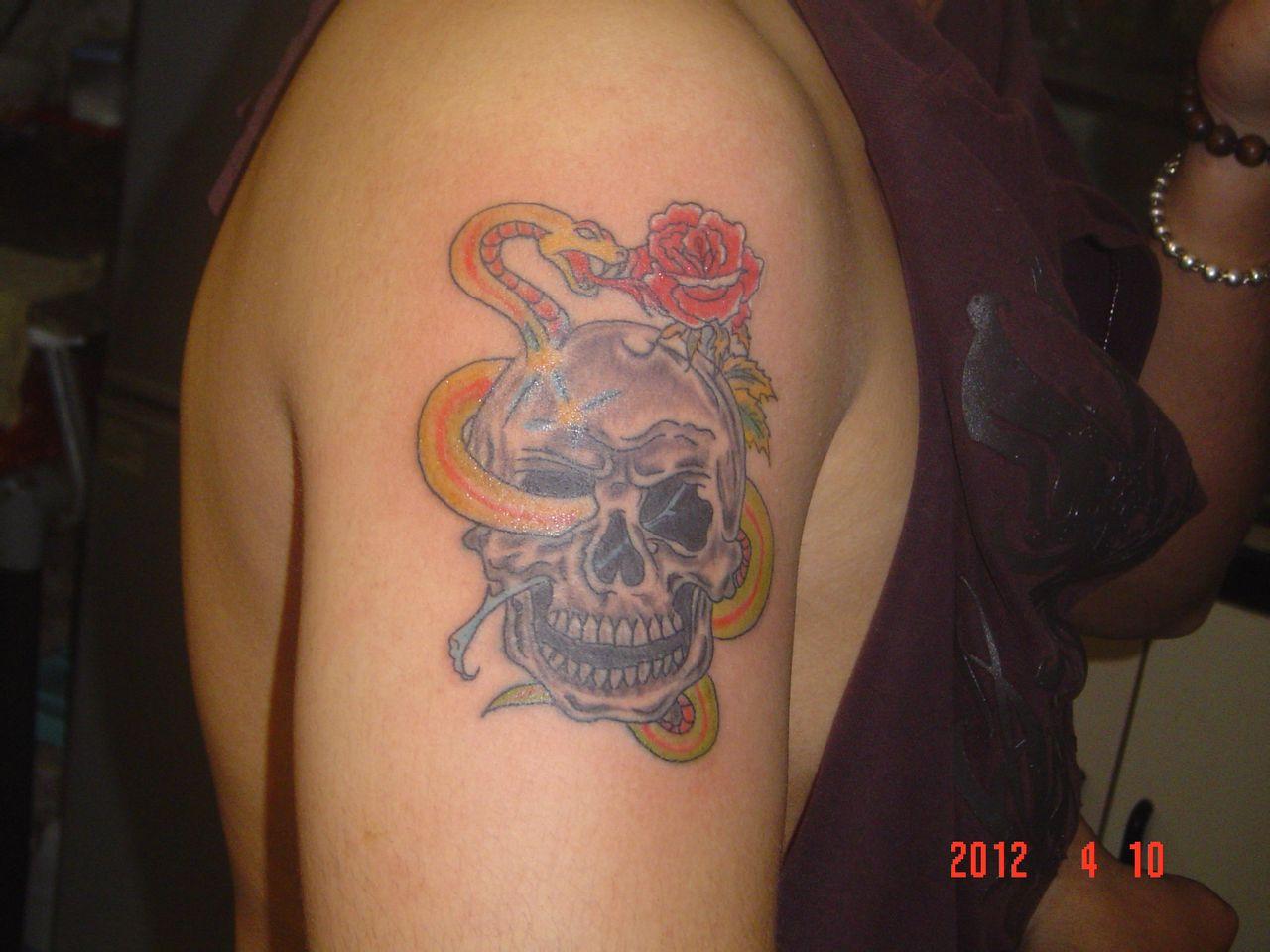 如果洗的话彩色的不怎么好洗,色料方面每个地方的纹身师用的牌子都不图片
