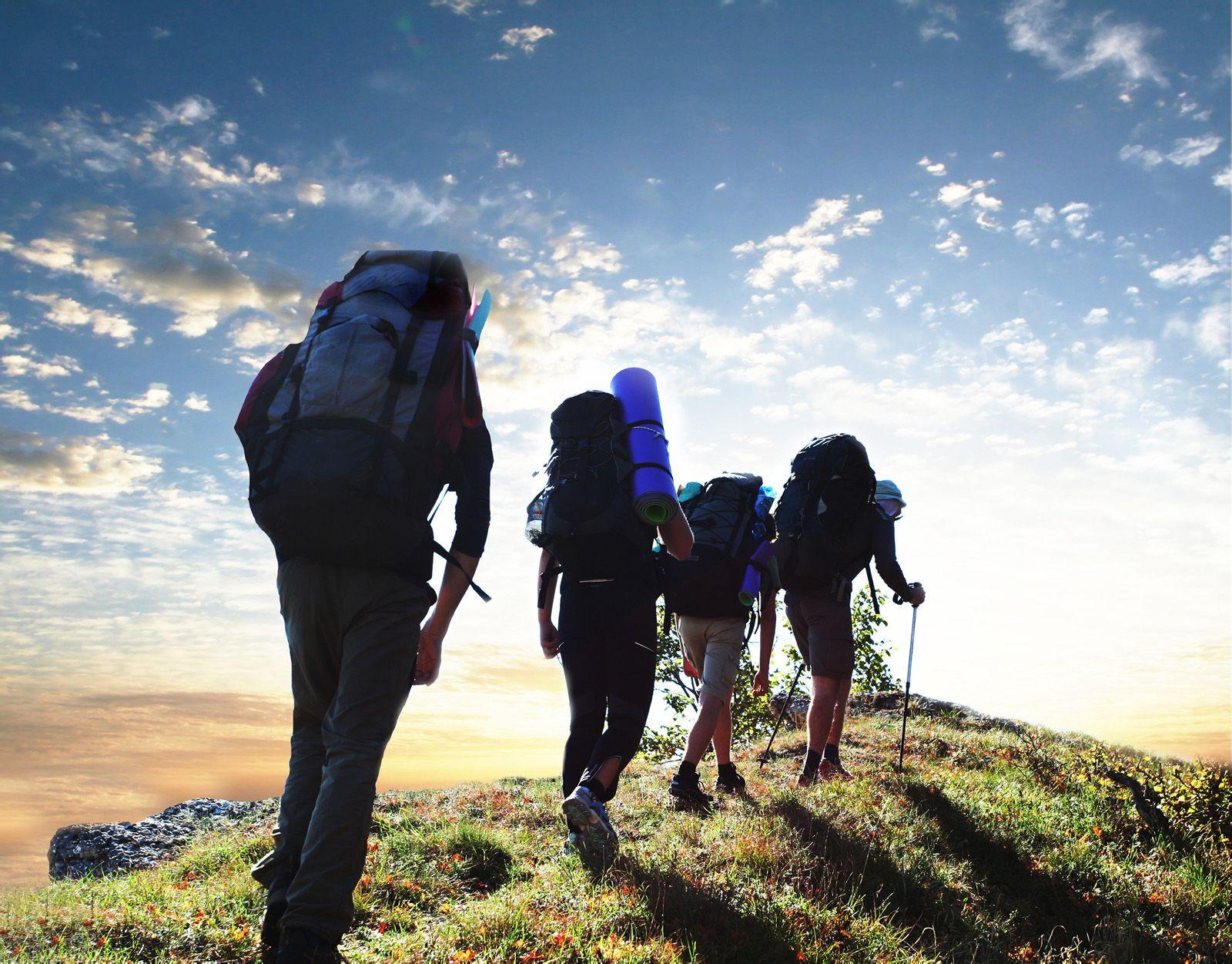 求一张背包旅行的人的图-旅行
