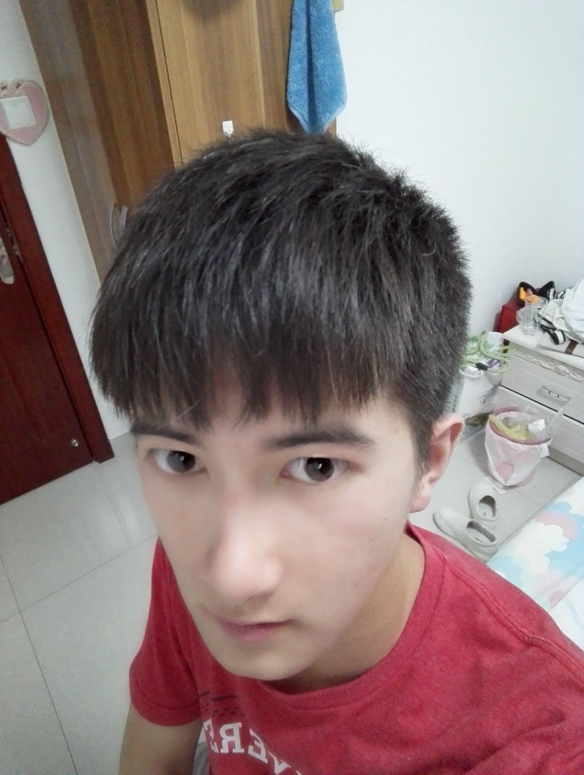 不烫不染,男生理什么发型最好看啊图片