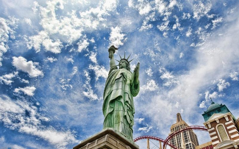 暑假去美国旅游费用