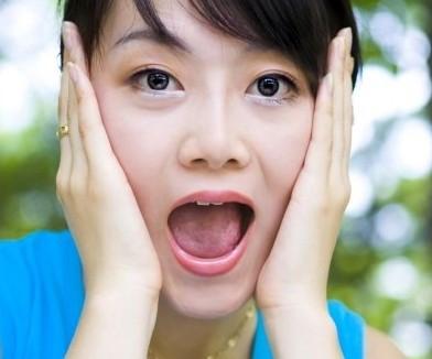 我喜欢看女人的舌头张嘴