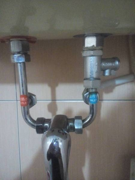 电热水器与减压阀如何安装图片
