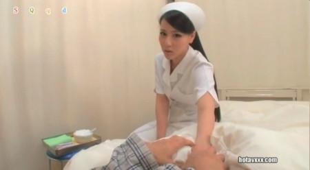 请问这个日本动作爱情片电影女主角叫什么?谢谢