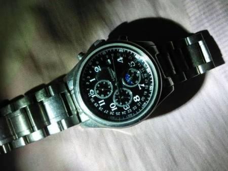 急!请问一下,这手表如何调中间那个小圈(星期几) 浪琴l2 668 4all图片