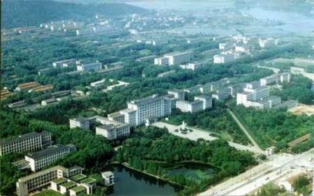 俯视图-帮忙给几张华中科技大学的照片