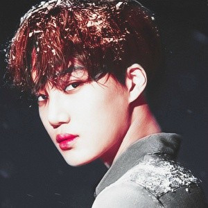 exo最新冬季专辑太空头像个人
