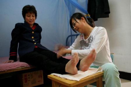 想舔女人的脚|来自