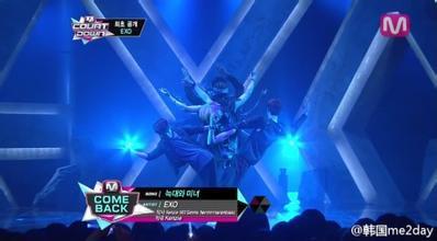 急需EXO舞蹈所有高难度动作截图,例如敲头鼓等