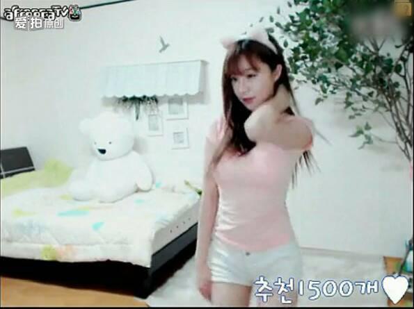 韩国美女热舞;