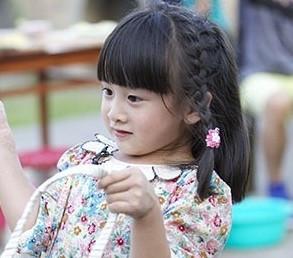 小孩的头发怎么扎好看图片