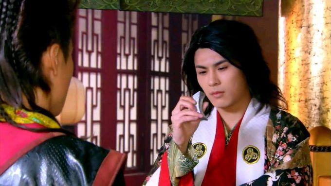 1月21日陈奕主演的电视剧《唐朝a奇缘奇缘》在英雄八套开播电视剧局因为央视有爱情图片