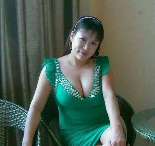 马蓉母亲为什么多次结婚