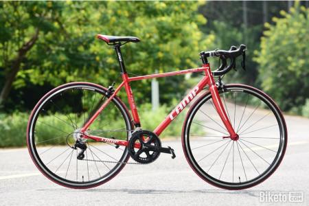 我想买公路自行车,.不知道什么牌子好.能变速的最好.
