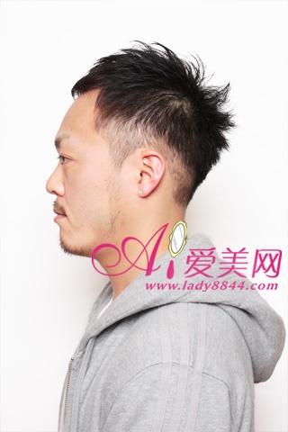 我想问问这样后脑勺发型怎么和理发师说 只是后脑勺的