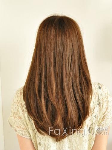 刚染过栗棕色的头发再染深咖啡色能上色吗