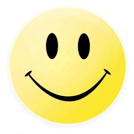那些喜欢在微信聊天朋友圈用微笑表情的人是什么心态?图片