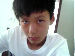 瓜子脸男生初中学生发型图片